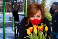 Narozeniny za lockdownu: Schillerová bez kytky od Babiše, perly Dostálové a Bartošovy cviky