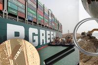 Na uvázlou loď s bragry: Obra zkouší podhrabat, zablokovaný průplav stojí stovky miliard