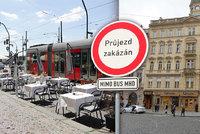 Zakážeme průjezd centrem, vymyslel magistrát. Experti: Obětí budou Pražané i turisté!