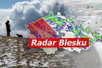 Česko pokryje nový sníh. Na horách napadne až 25 centimetrů, sledujte radar Blesku