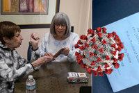 Důchodci dostali pokutu za narozeninovou party. Proč, když jsme očkovaní, diví se babička (82)