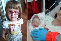 Barunka dostala jméno od lékaře, který ji překotně odrodil: Po pěti letech přišla fotka