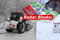 Počasí o víkendu: Zima nekončí, napadne až 15 cm nového sněhu. Sledujte radar Blesku