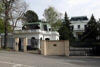 Mrazivý příběh vily ruské ambasády: Postavil ji boháč, obýval bankéř i gestapo, Beneš ji dal Rusům před návratem majitele z emigrace