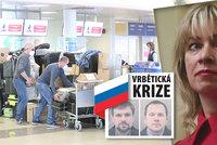 Rusové z pražské ambasády letí domů. První speciál přistane v sobotu, pryč musí 63 lidí