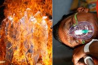 13 pacientů na JIP zemřelo při požáru. A děsivých 2263 obětí viru za jediný den v Indii