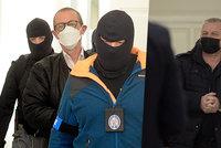 Policie zadržela 5 osob kvůli cestám na Donbas: Co je zač organizace Českoslovenští vojáci v záloze?