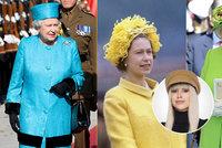 Nezaměnitelný módní styl královny Alžběty II. podle Iny T.: 50 let stejné boty, 200 kabelek a odvaha s kloboučky!