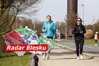 Teploty v Česku spadly k -12 °C, mrazivá rána budou pokračovat. Co čarodějnice? Sledujte radar Blesku
