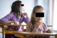 Testování předškoláků v Praze 6: Poprvé zkoušeli PCR testy ze slin, za jeden zaplatí radnice 150 korun