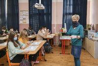 Praze hrozí nedostatek antigenních testů pro školáky. Vypíše tendr na PCR testy ze slin