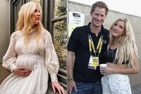 Ex prince Harryho je mámou! Zpěvačka Ellie Gouldingová přivedla na svět syna
