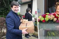 Nečekaná oslava Jiřiny Bohdalové (90): Gratulanti s dary ji přepadli ve dveřích! Kdo přišel a co přinesl?