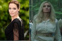 Obrovská proměna Angeliny Jolie: Z tmavovlásky platinová blondýna!