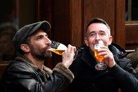 Lockdown v lihu: Alkohol zabil v Británii nejvíc lidí za posledních 20 let