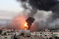 V Izraeli to dál vře: 50 mrtvýchpo ostřelování s Pásmem Gazy. A stovky raket ve vzduchu