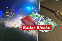 Povodňová hrozba trvá. První stupeň na Vltavě, zábrany na Labi, hladiny stoupají. Sledujte radar Blesku