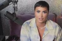 Demi Lovato (28) po závislostech a mrtvicích šokuje: Už není žena! Stala se bezpohlavní!