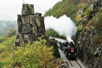 Historické vlaky se vracejí na trať: Lidi vyvezou z Prahy na výlet znovu 12. června