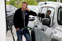 Benzin je nejdražší od roku 2014. Nejdráž natankujeme v Praze, nejlevněji na Zlínsku