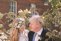 Svatební tajemství premiéra Johnsona: Ženil se jako Alexander. Proč se mu tedy říká Boris?