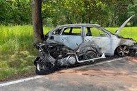 Hrozivá nehoda v Lomnici nedaleko Prahy. Motorkář (†50) nepřežil střet s vozidlem