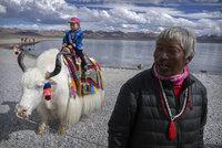 Neposlušné turisty už řeší i Tibet: Číňané šlapou po svatých místech, ignorují tradice
