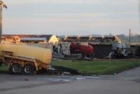 Výjimka pro náklaďáky mířící do oblasti zničené tornádem: Na dálnici můžou i během víkendu