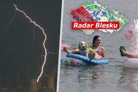 První prázdninový týden přinese silné bouřky i tropy až 35 °C. Sledujte radar Blesku