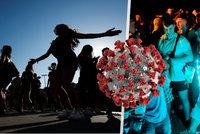 """Letní party jako nová ohniska: Virus se u mladých šíří """"neuvěřitelně rychle"""", varuje studie"""