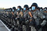 V Afghánistánu to vře, sousedé se bojí: Tádžikistán mobilizoval armádu a přijme uprchlíky