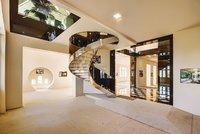 Nejdražší byt v Česku na prodej: Luxusní sídlo v Praze na Smíchově má osm teras a po slevě vyjde na 270 milionů