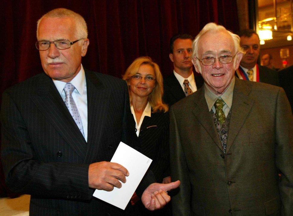 Škvorecký s Václavem Klausem