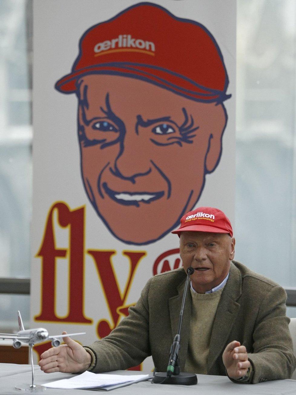 Niki Lauda je slavný pilot Formule 1