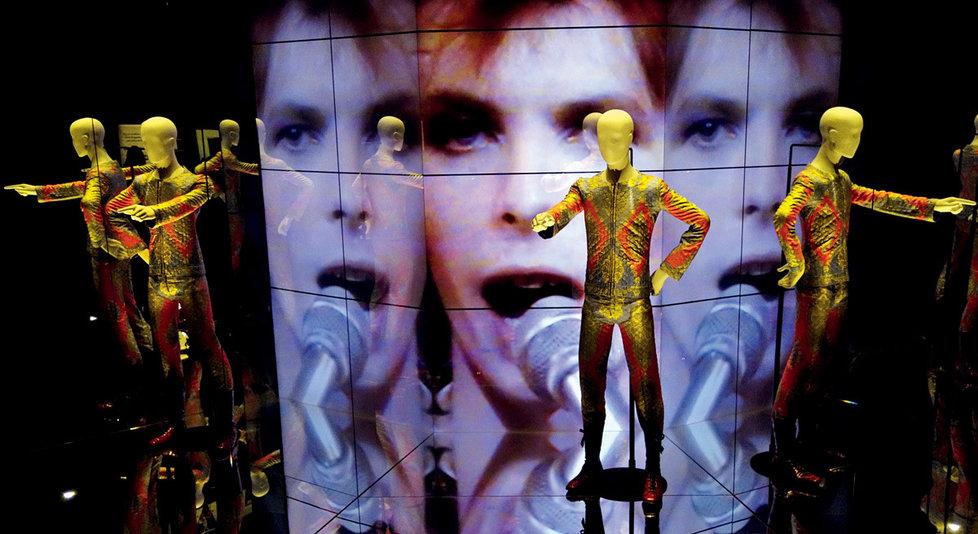 Pohled doexpozice výstavy David Bowie Is