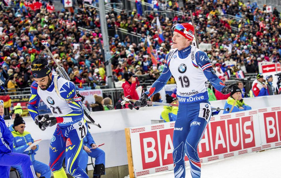 Ondřej Moravec v závodě s hromadným startem v Ruhpoldingu