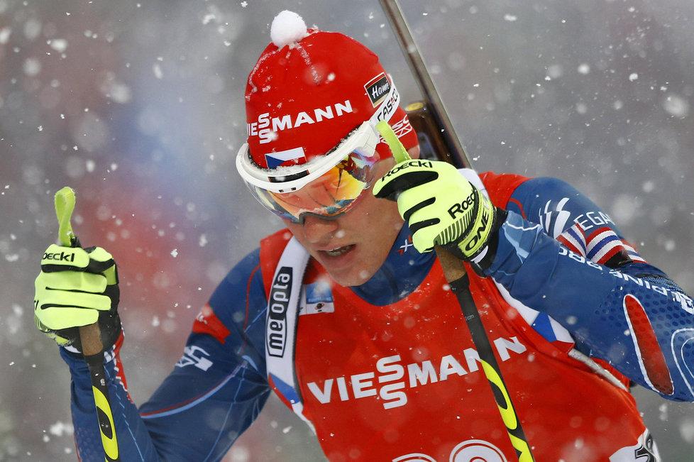 Michal Krčmář v závodě biatlonistů v Ruhpoldingu