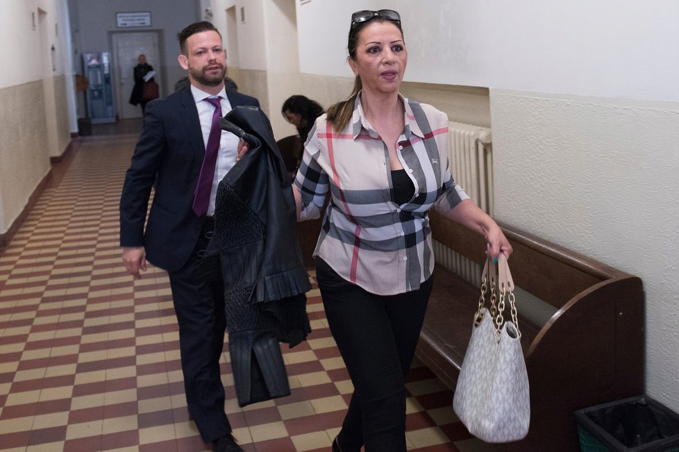 Nora Mojsejová se oblékla do outfitu za deseti tisíce.