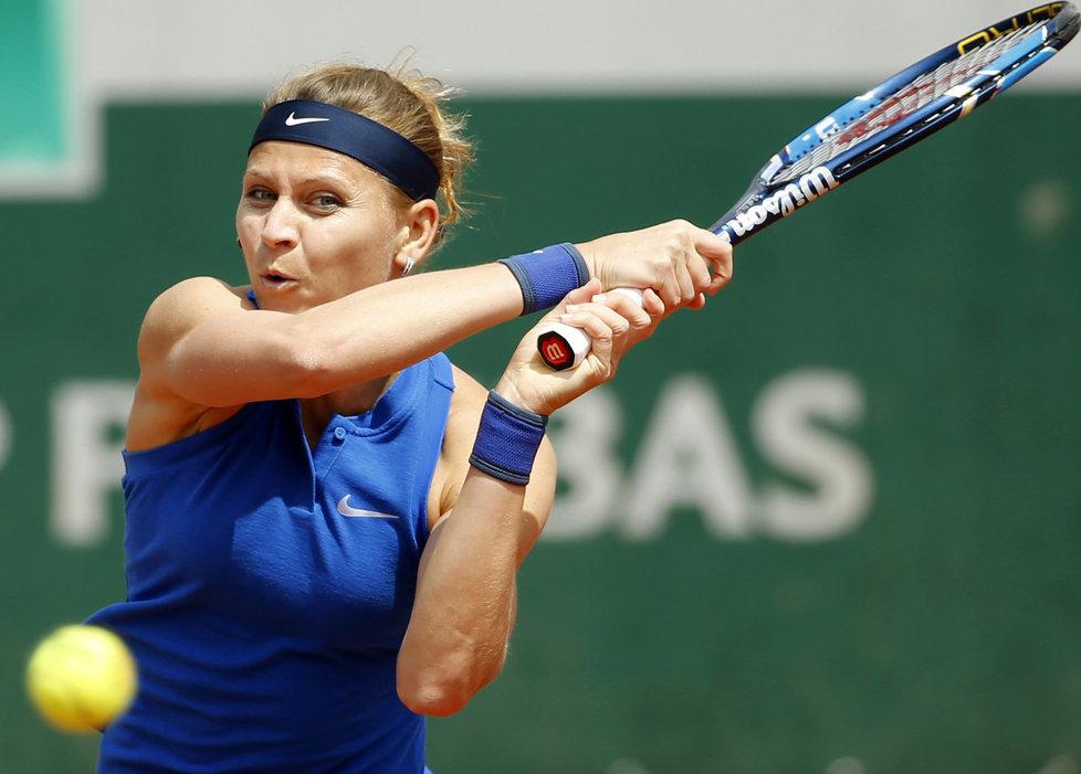 Česká tenistka Lucie Šafářová v utkání 2. kola French Open