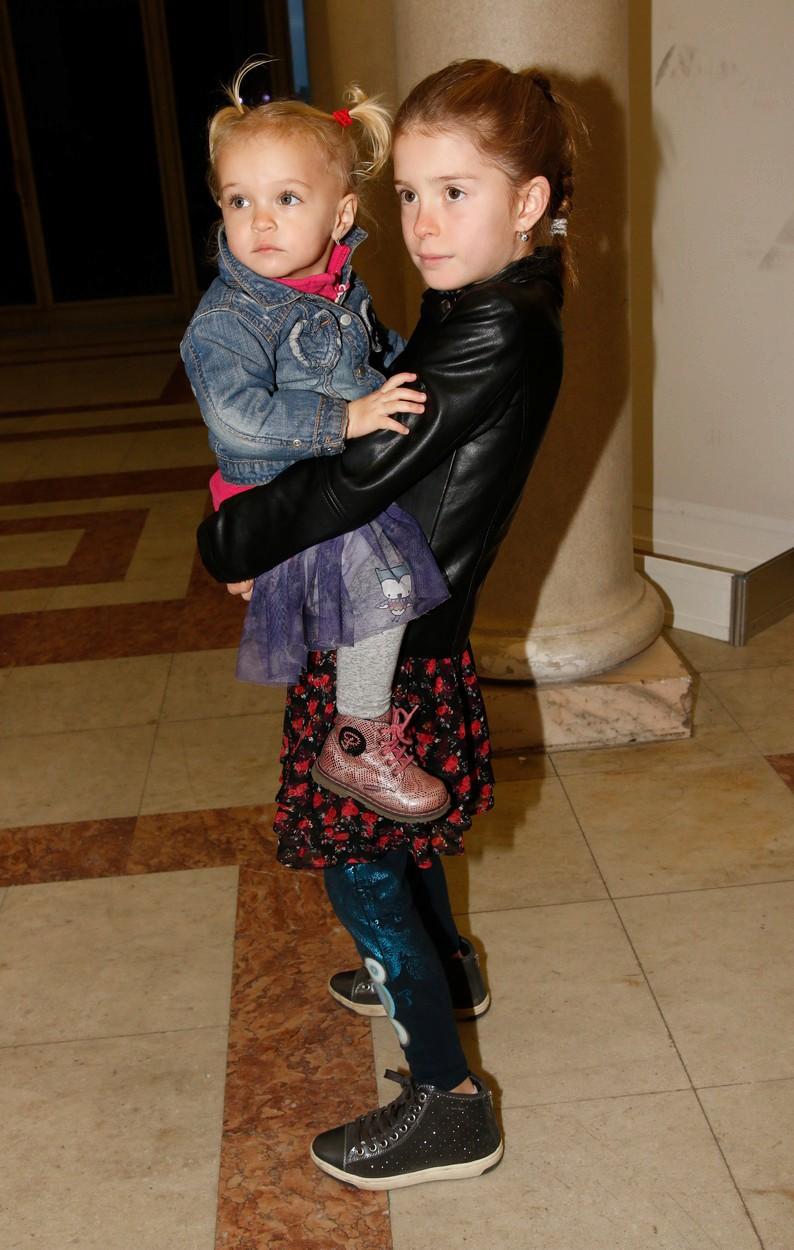Starší Anička Brabcová nedá na mladší sestru Evičku Menzelovou dopustit.