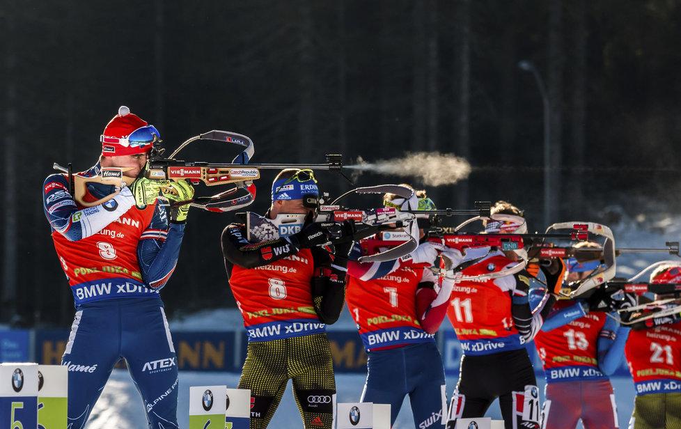Michal Krčmář při střelbě ve stíhačce SP v Pokljuce