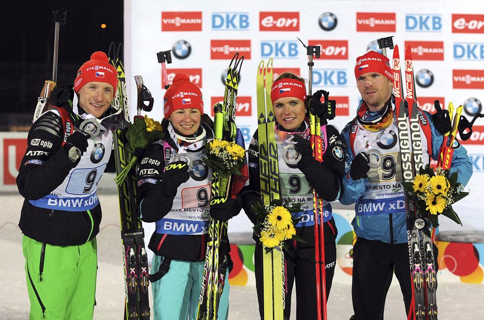 Zleva Ondřej Moravec, Veronika Vítková, Gabriela Koukalová, Michal Šlesingr