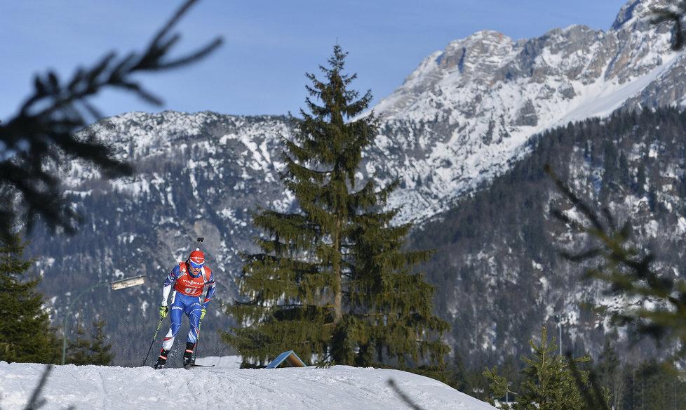 Michal Krčmář bojuje na trati v krásném prostředí rakouského Hochfilzenu