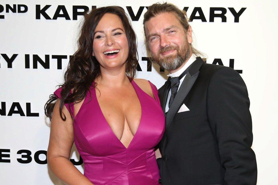 Jitka Čvančarová se svým manželem Petrem Čadkem.