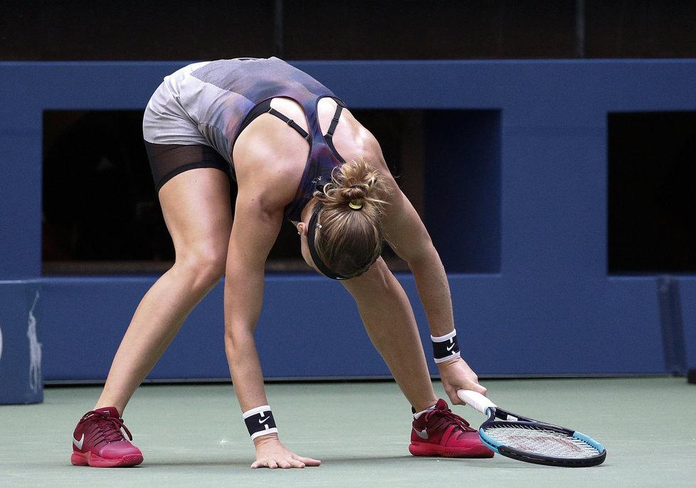 Lucie Šafářová v utkání na US Open s Coco Vandewegheovou