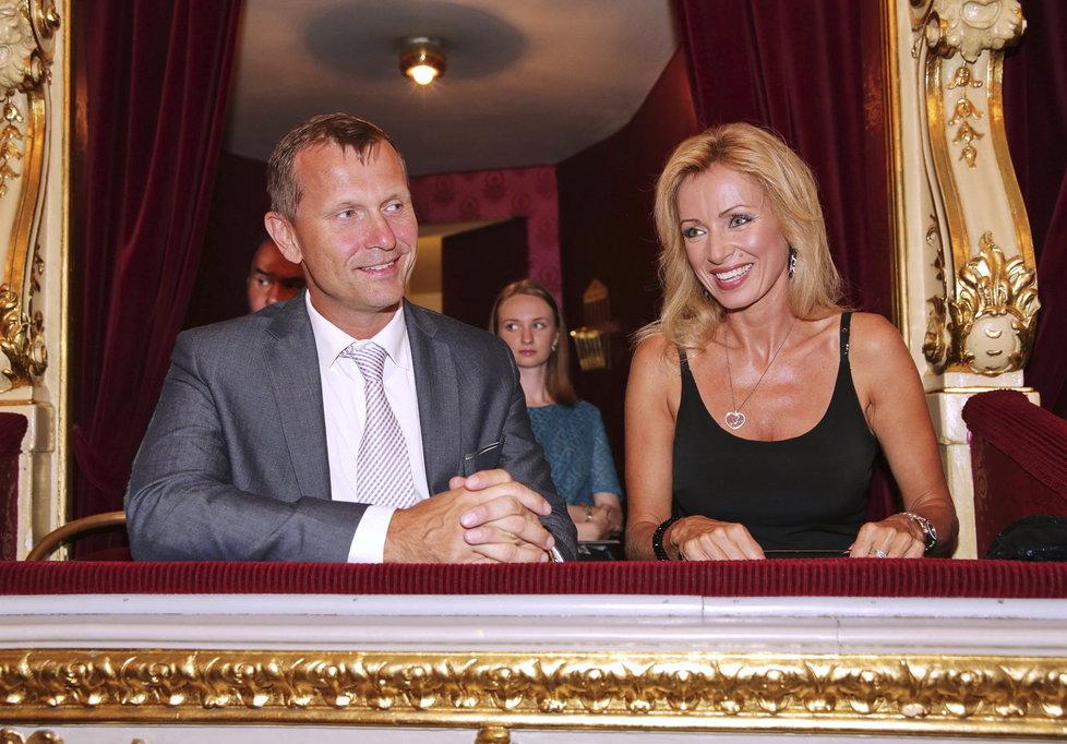 Mediální magnát Jaromír Soukup a herečka Kateřina Brožová tvoří pár.
