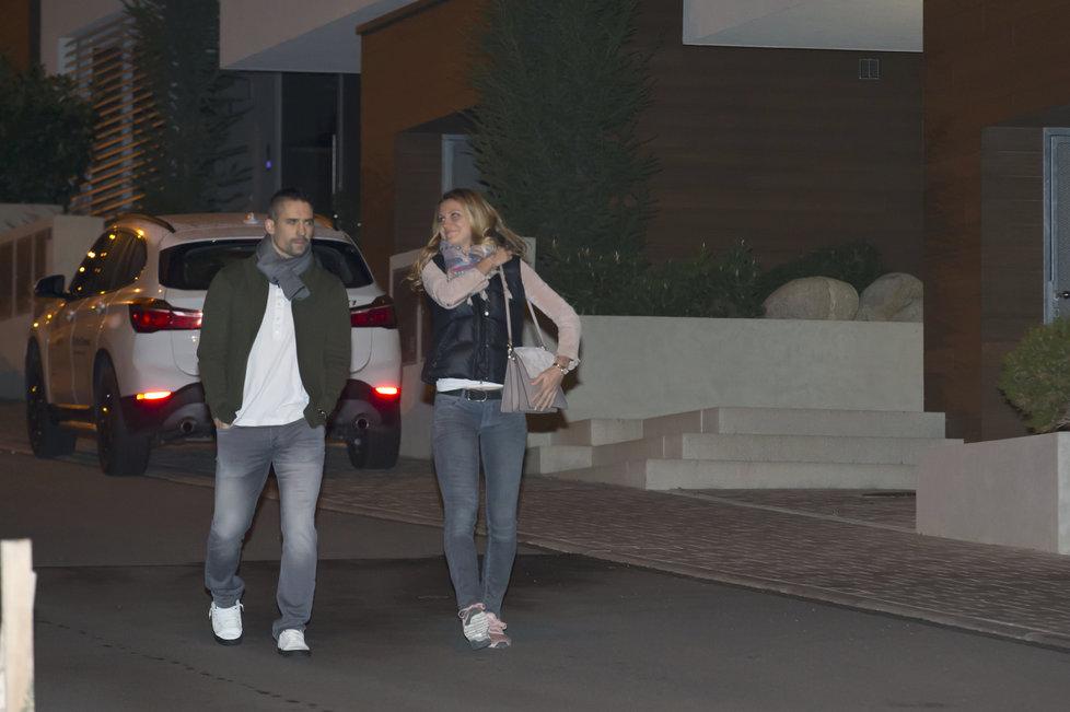 Jsme spolu! Tomáš Plekanec s Lucií Šafářovou si v Brně vyrazili na večeři.