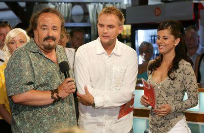Svého syna Pavla přišel na večer, který moderovali Libor Bouček a Laďka Něrgešová, podpořit i bavič Petr Novotný.