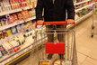 Nakoupit v supermarketu opravdu zdravě nebylo pro výživového poradce Petra Havlíčka vůbec jednoduché.