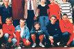 1997/1998 - Oba se sladili a oblékli do červené mikiny. Soukup už se svým typickým účesem.